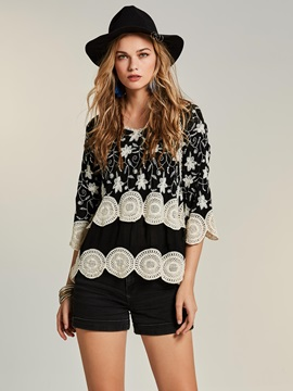 Bohoartist V-Neck Lace Embroideried Blouse