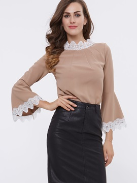 Stylish Lace Patchwork Flare Sleeve T-Shirt