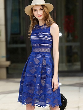 Boutique Solid Color Sleeveless Lace Dress