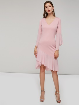 V-Neck Asymmetric Ruffle Sleeve Women's Day Dress