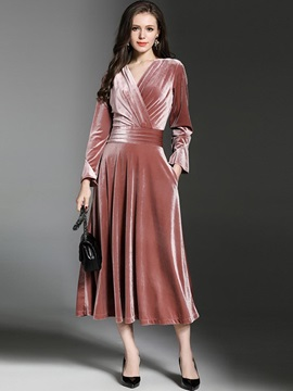 Boutique Long Sleeve V Neck Maxi Dress