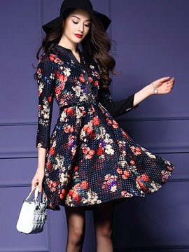 Floral Print V-Neck Expansion Day Dress