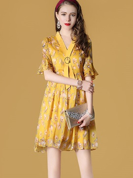 Vogue Floral Imprint Short Sleeve Short Day Dress