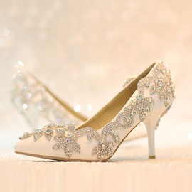 Rhinestone Pointed Toe Wedding Shoes