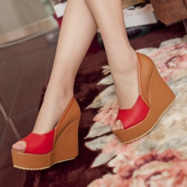 PU Slip-On Platform Peep-Toe Women's Chic Wedges