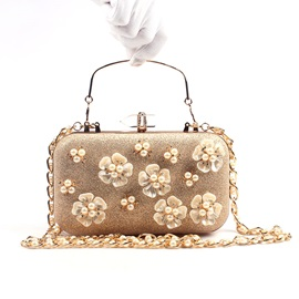 Luxurious Pearl Floral Design Evening Clutch