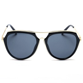 Large Resin Frame PC UV400 Gold-Tone Alloy Vintage Sunglasses