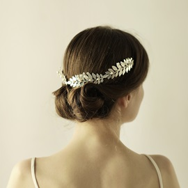 Attractive Women's Hair Accessories