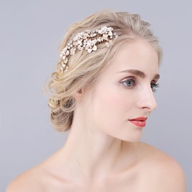 Floral Shape Gold Zone E-plating Bride's Hair Comb