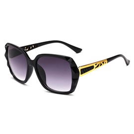 Large Lens UV400 Chic Sunglasses for Women