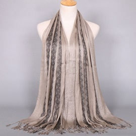 Golden Thread Decorated Tassels Scarf