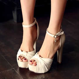 PU Patchwork Peep-Toe Covering Heel Sandals