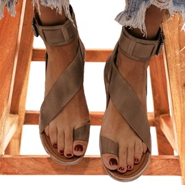 Buckle Flat With Thong Plain Sandals
