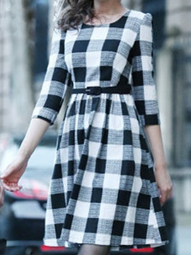 Plaid Round Neck 3/4 Sleeve Day Dress