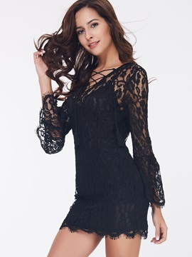 Chic V-Neck Flare Sleeve Day Dress