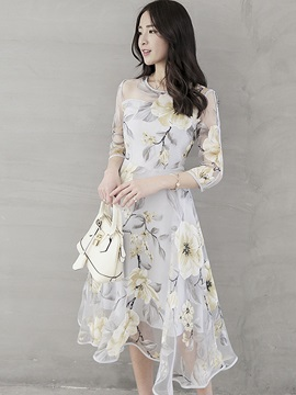 Flower Print Expansion Three-Quarter Sleeve Day Dress