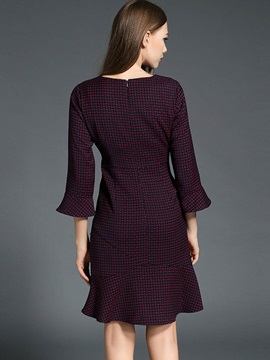 Geometric Flare Sleeve Expansion Day Dress