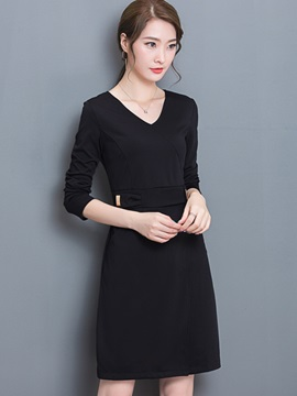 Solid V-Neck Pocket Day Dress