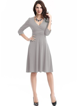 Solid Color V-Neck Pleated OL Day Dress