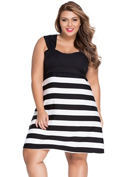 Vertical Striped Backless Patchwork Day Dress