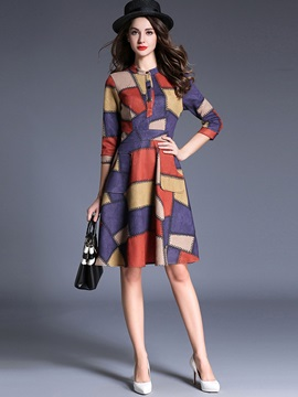 Geometric 3/4 Sleeve Expansion Day Dress
