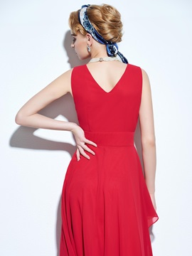 Vintage V-Neck Sleeveless Layered Expansion Day Dress
