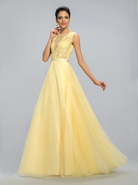 Dazzling Tulle Neck Lace Long Evening Dress Designed