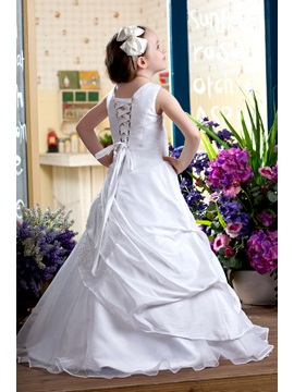 Pretty A-Line Round-neck Floor-Length Flower Girls Dress