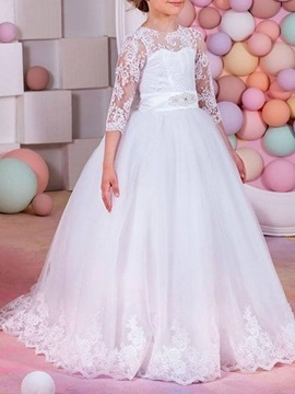 Ball Gown 3/4 Length Sleeves Lace Scoop Flower Girl Dress