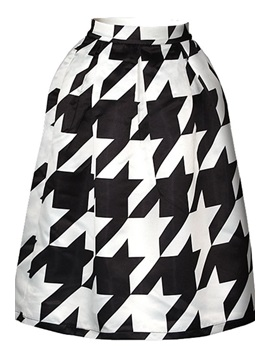Houndstooth Printed A-Line Skirt
