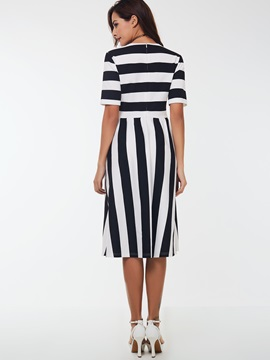 Vertical Striped Half Sleeve Zipper Skater Dress