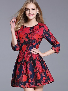 Floral Print 3/4 Sleeve Round Neck Skater Dress