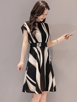 Short Sleeve Print Elegant Stripe Women's Skater Dress