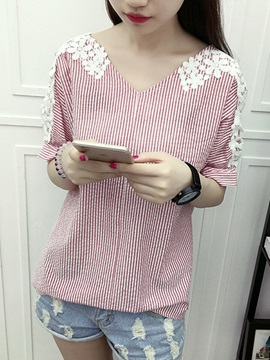 Spacial Appliques Short Sleeves Blouse