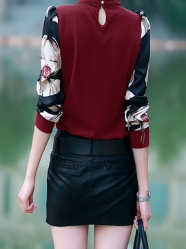 Stylish Pleated and Sequins Decoration Collar Blouse