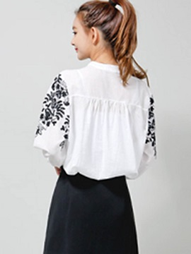 Sweet Pattern Decorated Loose Blouse