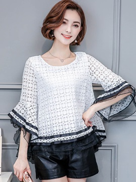 Loose Lace Flare Sleeve Blouse