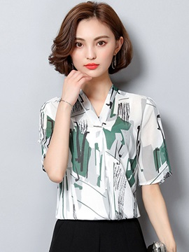 Slim V-Neck Print Blouse