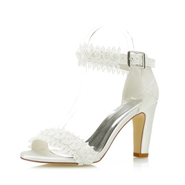 Beads Line-Style Buckle Women's Wedding Shoes