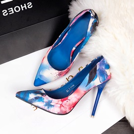 Pointed Toe Slip-On Stiletto Heel Floral Women's Pumps