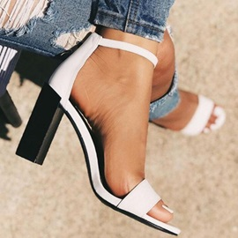 Chunky Heel Line-Style Buckle Open Toe Plain Sandals
