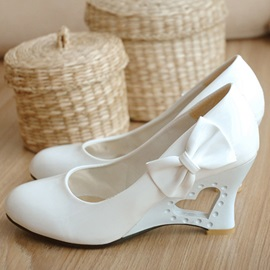 Bow Round Toe Slip-On Professional Thin Shoes