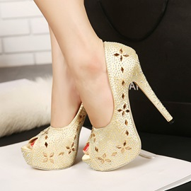 Rhinestone & Rivet Flower Peep Toe Pumps