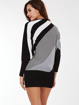 Stylish Color Block Long Slim Sweater