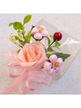 Eye-catching Pink Flower Wedding Corsage
