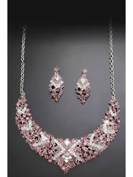 Popular Alloy with Rhinestone Wedding Jewelry Set - (Including Necklace and Earring)