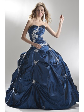 Charming Sweetheart Pick-ups Appliques Zipper-up Floor-Length Ball Gown Dress