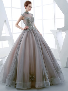 Vintage High Neck Ball Gown Cap Sleeves Appliques Beading Floor-Length Quinceanera Dress
