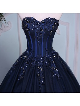 Appliques Sweetheart Beading Quinceanera Dress