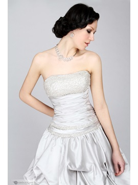 Vintage Strapless Beading Pick-ups Floor-length Court Train Ball Gown Dress
